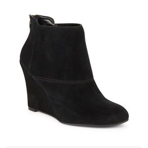 Nine West Optimistic Suede Black Ankle wedge Boot